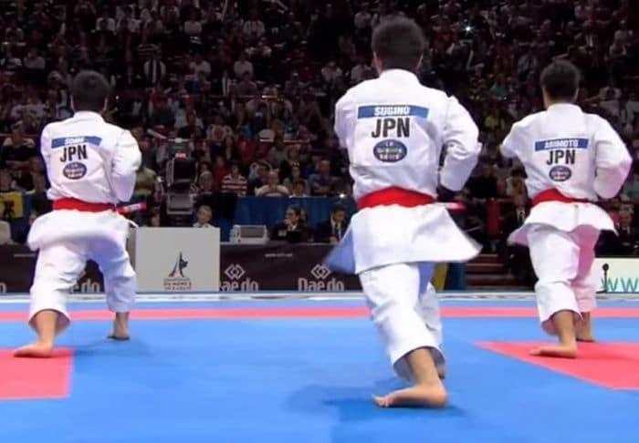 kata-unsu-giappone-mobilità-caviglia