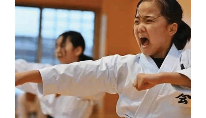 Azione-karate